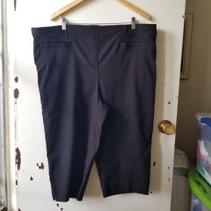 In Every Story Black Pull On Shorts